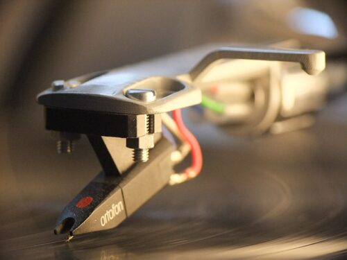 Tips On Caring For Your Turntable's Stylus