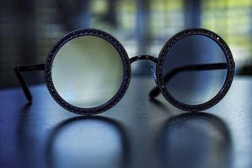 Blue Light Blocking Technology in Modern Glasses