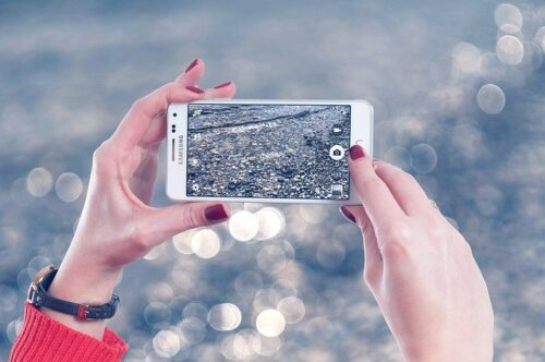 Research shows that mobile users expect to: